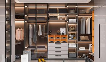 家里衣柜是定制好还是木工做的好?